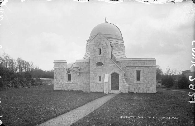 Queen's_College,_Observatory,_Cork_(21791719658)